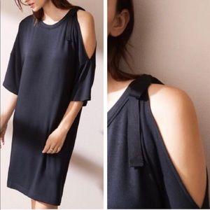 Lou & Grey Black one cold shoulder T-shirt dress L